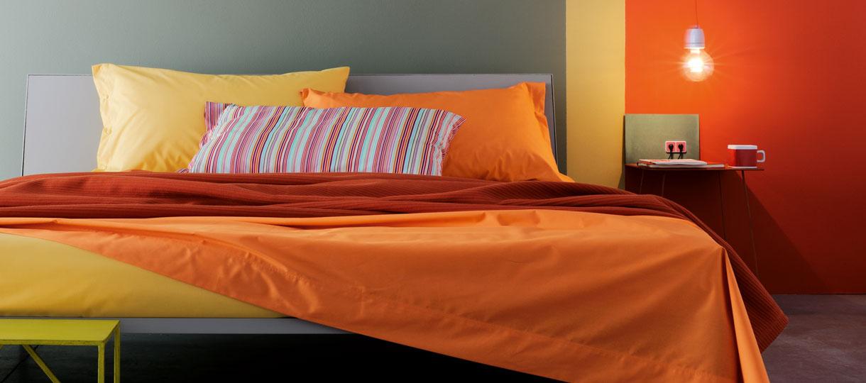 Biancheria da letto lenzuola piumoni trapunte for Biancheria per letto matrimoniale