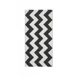 tappeto Mora di Swedy a zigzag bianco e nero