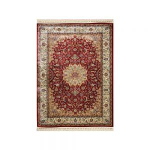 tappeto orientale rosso classico