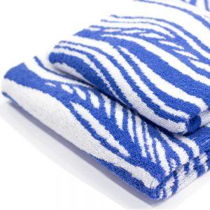 asciugamano zucchi easy chic blu dettaglio