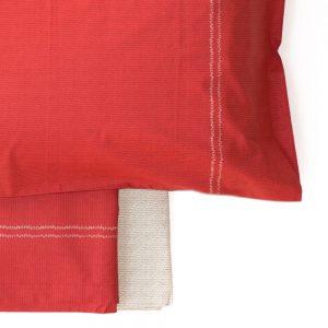 dettaglio completo letto matrimoniale con stampa effetto lana linea Knitt di Bassetti