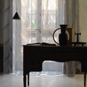tenda con disegno devoré della collezione Medellin di Via Roma 60