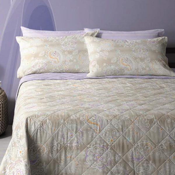 lenzuola matrimoniali collezione Mix Bandana di Bassetti con disegni in stile bandana beige