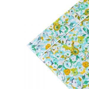 dettaglio completo letto matrimoniale a fiorellini verdi e azzurri Petit di Riviera