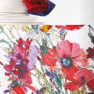 dettaglio tovaglia floreale colorata con papaveri Fiori di Campo di Maison Sucrée