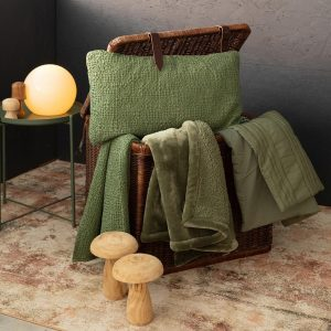 tappeto kerma di vivaraise effetto ruggine ambientato