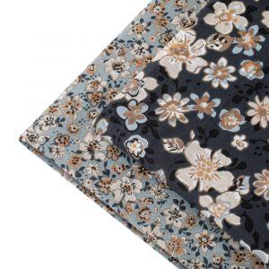 dettaglio completo letto a fiorellini su sfondo nero Consiglia di Riviera per letto matrimoniale